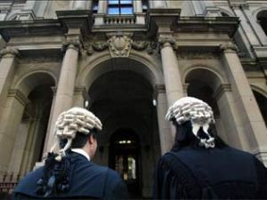 barristers-outside-court